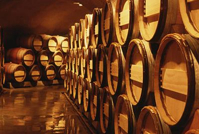 Jak powstają beczki, w których starzeje się wino?