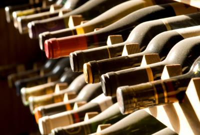 Jak wydobyć pełny smak wina?